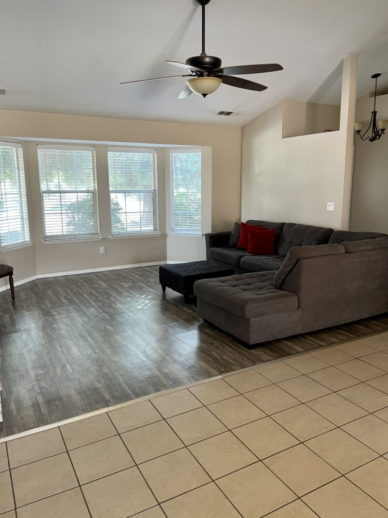 Spacious living area at an affordable cost of assisted living in California